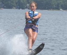 прогулки на катерах,  водные лыжи и многое другое